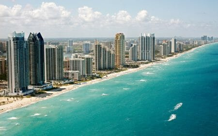 Top 10 Reasons Why You Have to Visit Miami in 2017